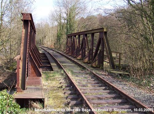 Eisenbahnbrücke über die Bega bei Lemgo-Brake