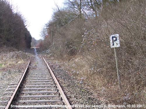 Hier fährt kein Zug mehr - Wer aus Nordostlippe nach Hannover möchte, ist auf den eigenen PKW angewiesen.