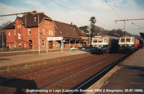 Zugbegegnung im Bahnhof Lage