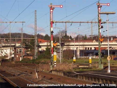 Stellwerk im Bahnhof Lage