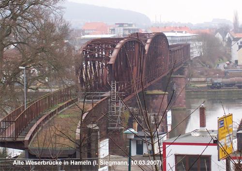 Nach Stilllegung und Entwidmung folgte schließlich auch der Abriss der Weserbrücke in Hameln