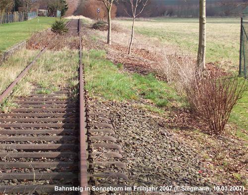 Bahnsteig der alten Station Sonneborn
